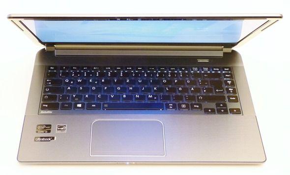 Toshiba-U940-U945-25