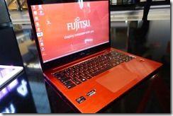 Fujitsu Lifebook U904 (2)