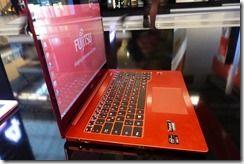 Fujitsu Lifebook U904 (3)